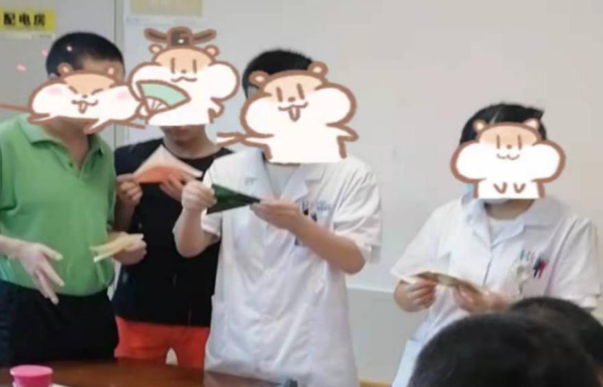 武汉华佑医院千纸鹤祈福活动